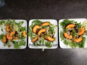 arugula with olives and peach (2)